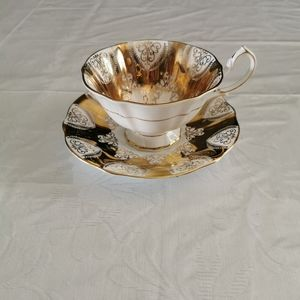 Queen Anne Footed White & Gold Teacup & Saucer